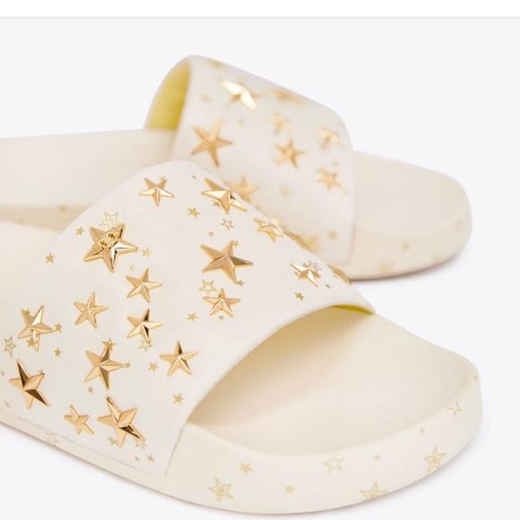 1e502c224 NWT Tory Burch Star Slides. Cream Gold in box